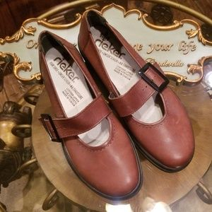 RIEKER MARY JANE BROWN LEATHER SIZE 40